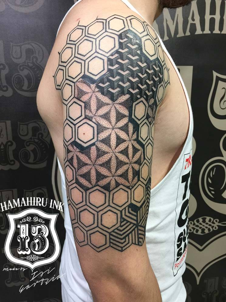 Geometric Tattoo Hamahiru 13 Ink Tattoo & Piercing