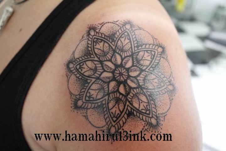 Tatuaje mandala Hamahiru 13 Ink Tattoo & Piercing.JPG