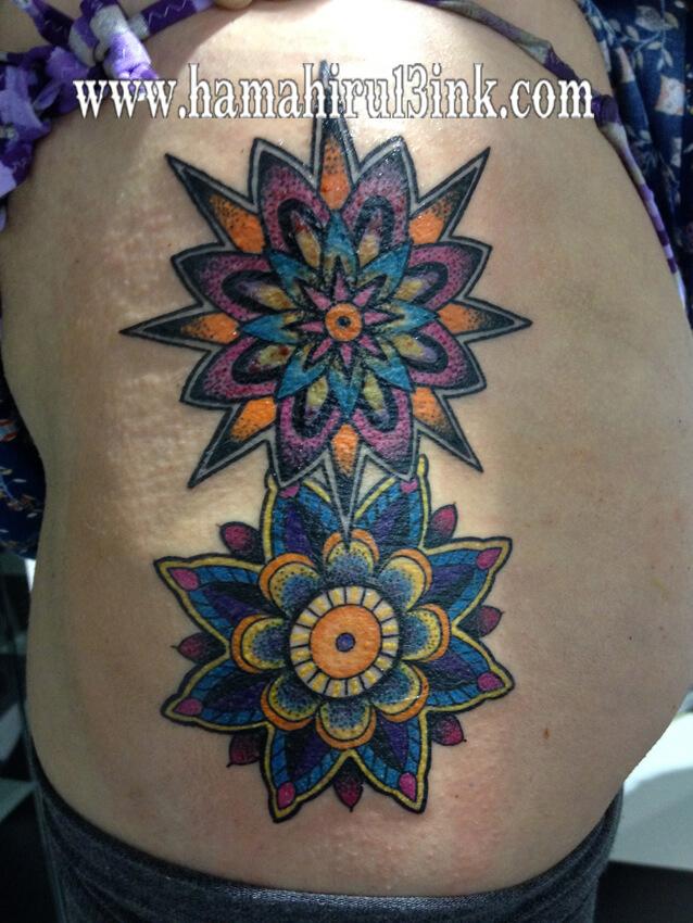 Tatuaje mandalas Hamahiru 13 Ink Tattoo & Piercing