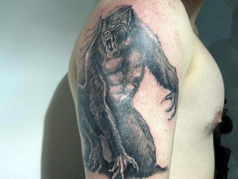Tattoo Hombre Lobo Hamahiru 13 Ink Tattoo & Piercing