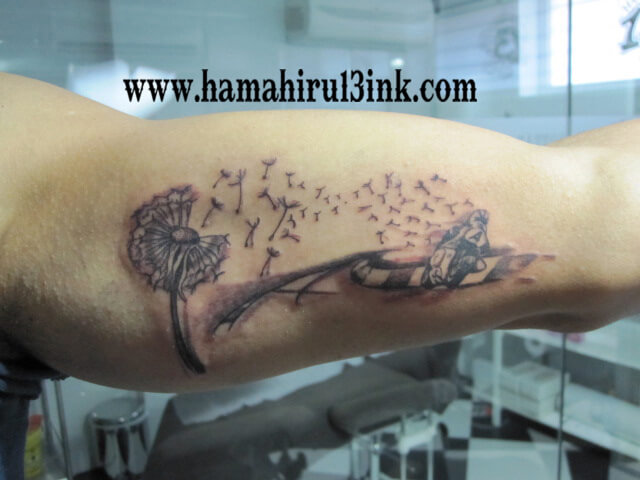 Tatuaje motos Hamahiru 13 Ink Tattoo & Piercing