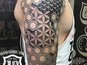 Geometric Tattoo Hamahiru 13 Ink Tattoo & Piercing
