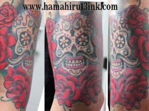 Tatuaje calavera mejicana Hamahiru 13 Ink Tattoo & Piercing