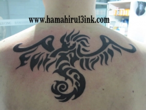 Tatuaje Tribal Hamahiru 13 Ink Tattoo & Piercing