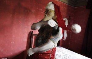 Papa Noel con tatuajes 3