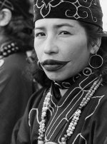 Los tatuajes de las mujeres Ainu.
